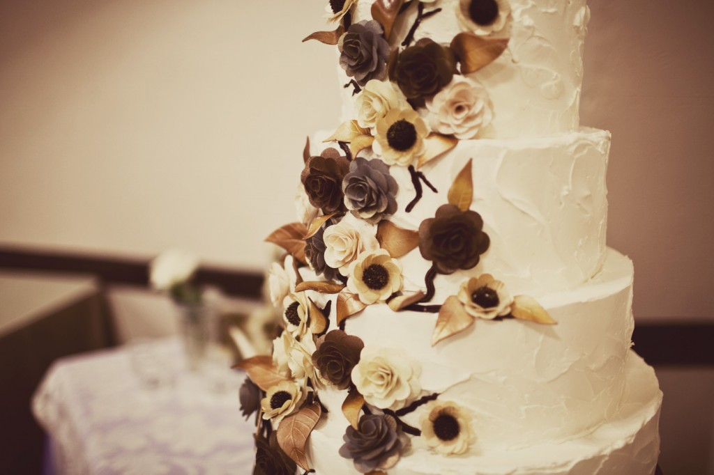 Wooden Flowers Wedding Cake