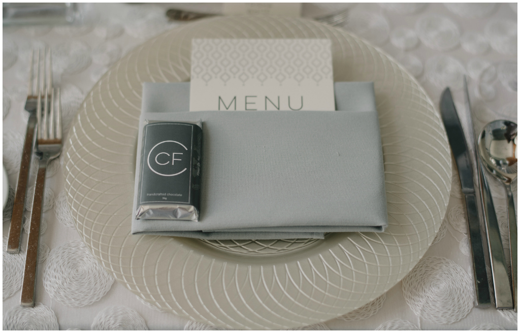 Special Event Rentals Glass Charger Plate, Violet Chocolate Bars