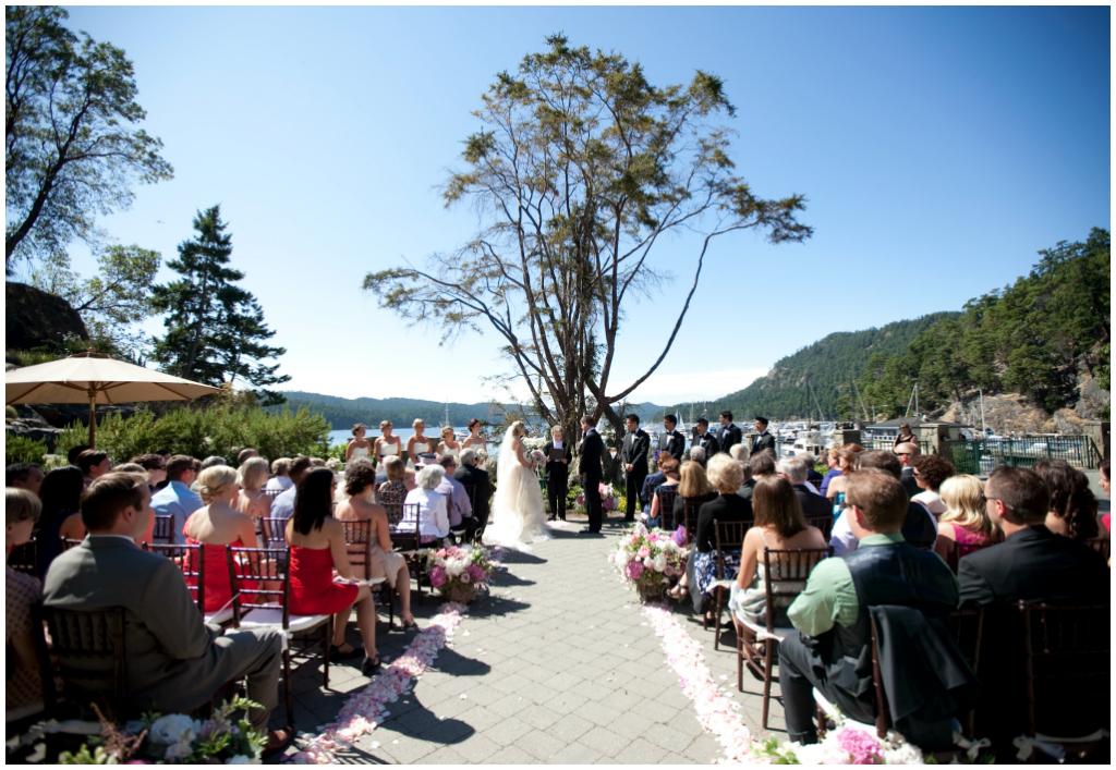 Ponder Island Wedding Planner