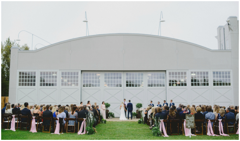 Fort Edmonton Hangar Wedding, Edmonton Wedding Day Coordinator