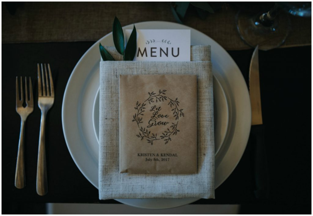 Greenery in Pocket Fold with Menu