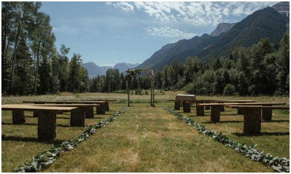Outdoor Mountain Wedding, Outdoor Fernie Wedding Ceremony
